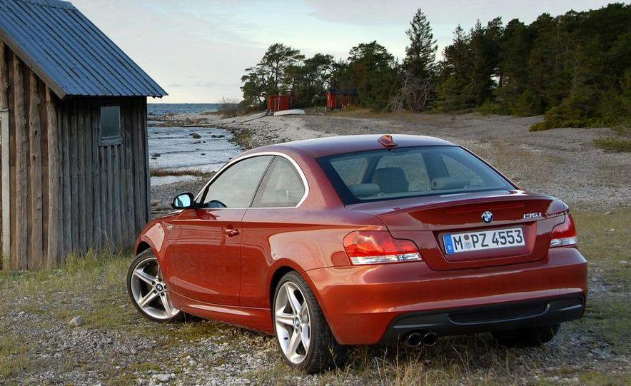 2011 BMW 135i - Slide 14