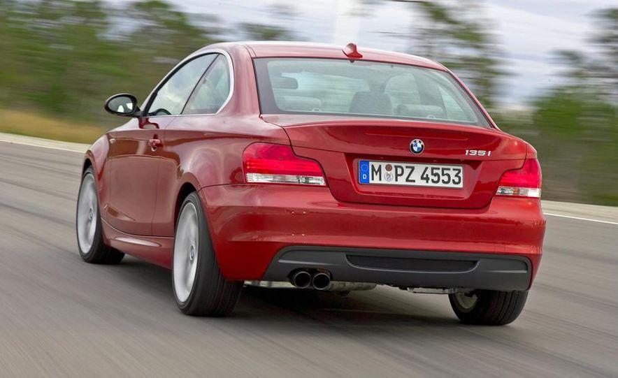 2011 BMW 135i - Slide 20