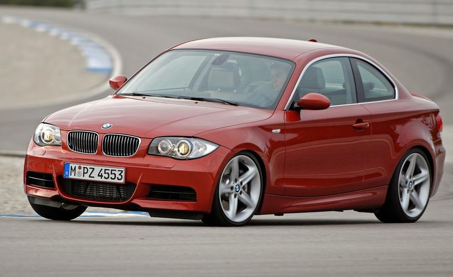 2011 BMW 135i - Slide 22