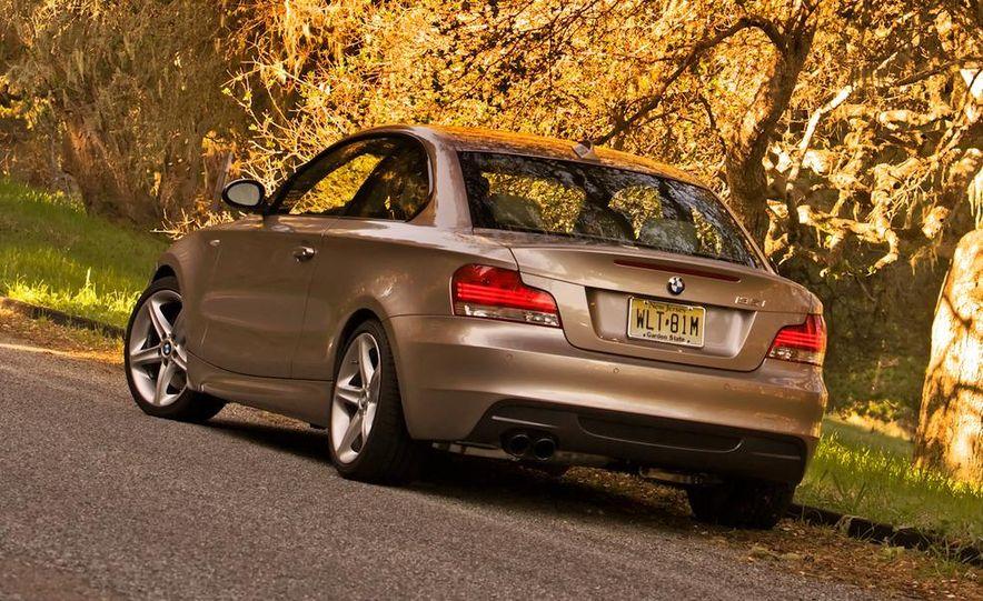 2011 BMW 135i - Slide 25