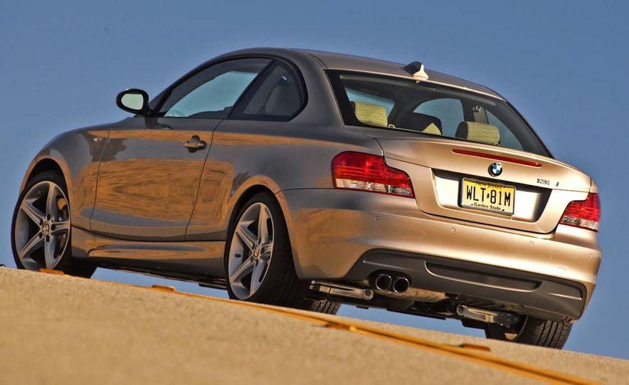 2011 BMW 135i - Slide 27