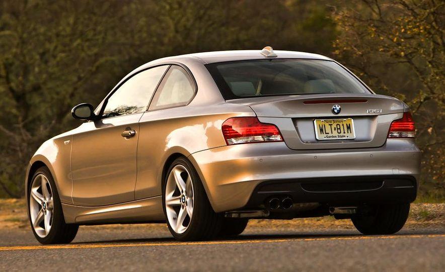 2011 BMW 135i - Slide 28