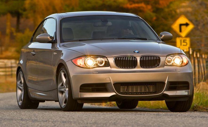 2011 BMW 135i - Slide 30