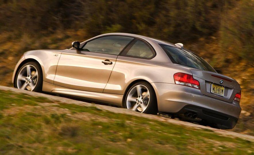 2011 BMW 135i - Slide 34