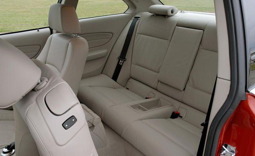 2011 BMW 135i - Slide 58