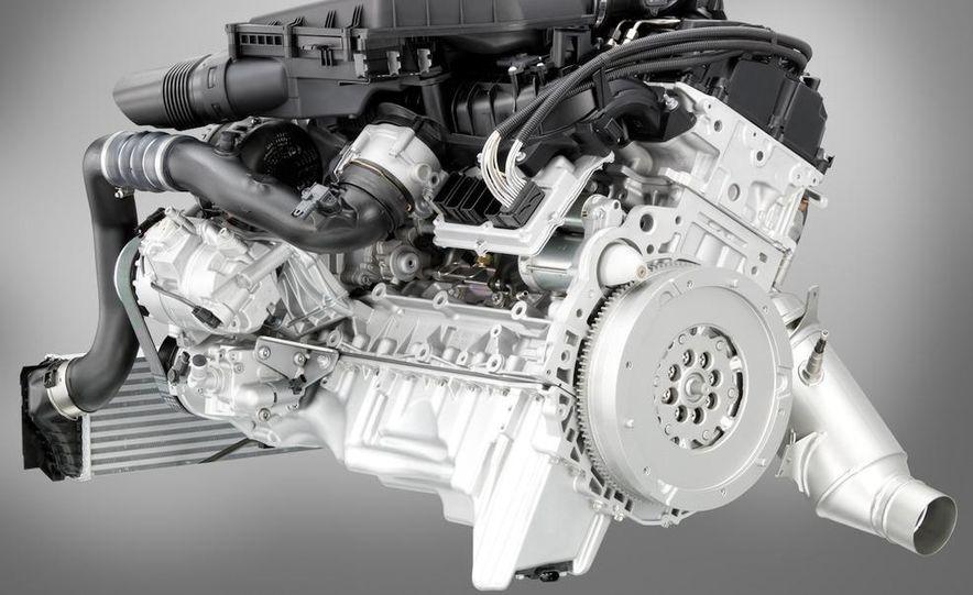 2011 BMW 135i - Slide 68