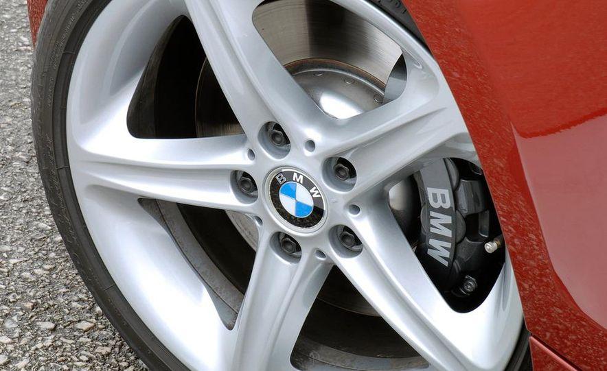 2011 BMW 135i - Slide 47