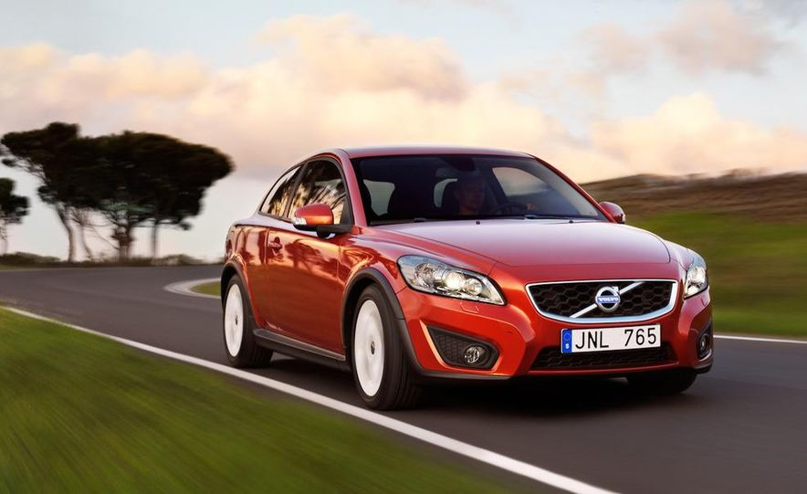 2011 Volvo C30 R-Design - Slide 10