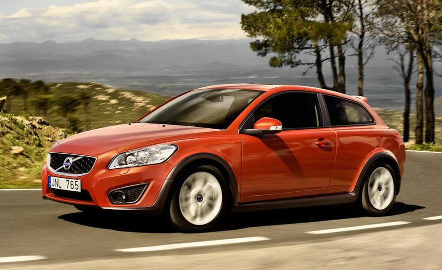 2011 Volvo C30 R-Design - Slide 12