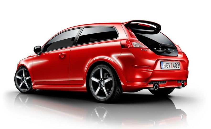 2011 Volvo C30 R-Design - Slide 2