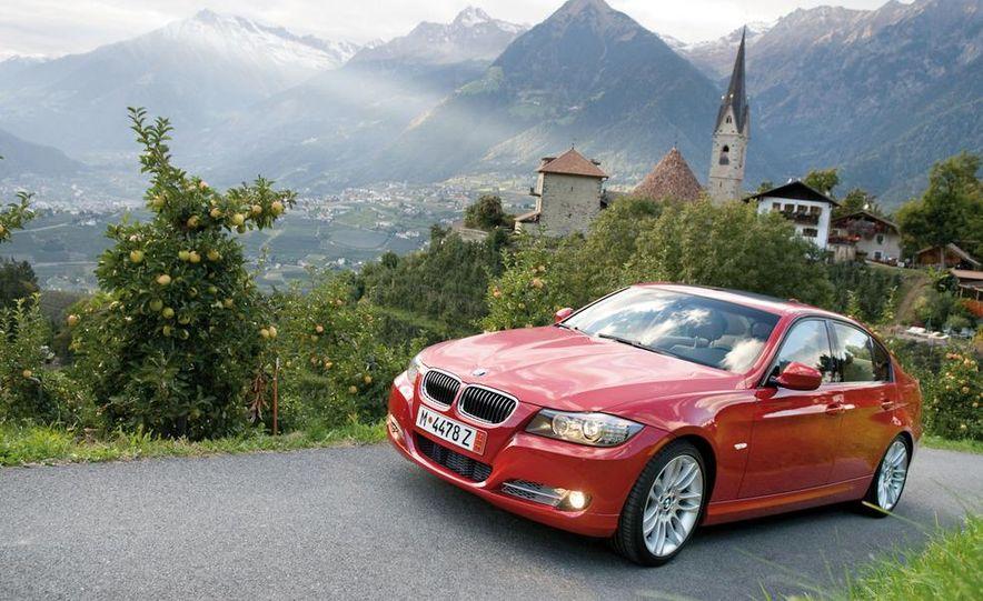2011 BMW 335i sedan - Slide 19
