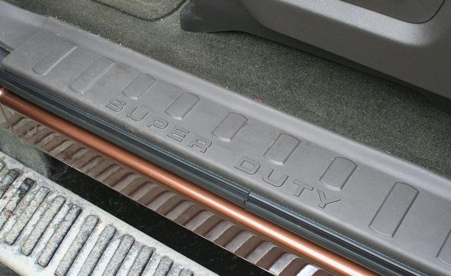 2011 Ford F-350 Super Duty Lariat - Slide 71
