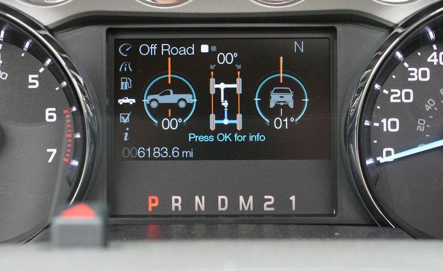 2011 Ford F-350 Super Duty Lariat - Slide 43
