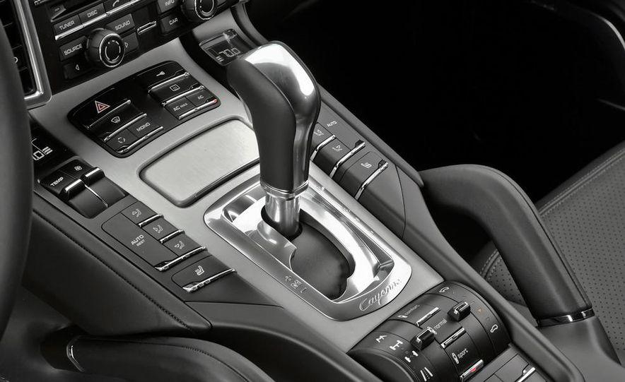 2011 Porsche Cayenne S - Slide 31