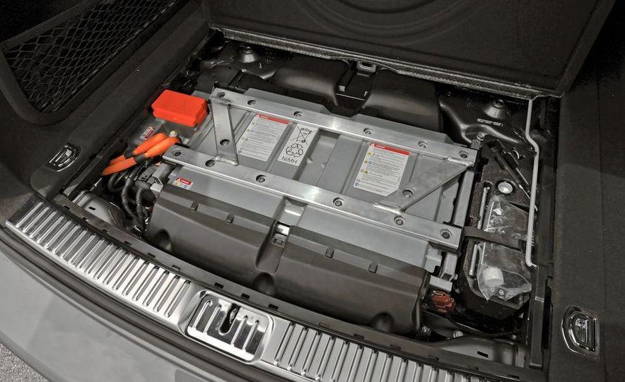 2011 Porsche Cayenne S - Slide 55