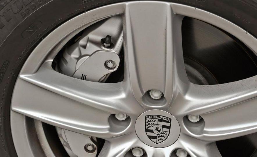 2011 Porsche Cayenne S - Slide 53