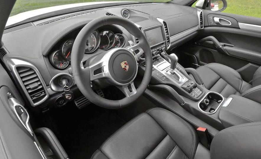2011 Porsche Cayenne S - Slide 28