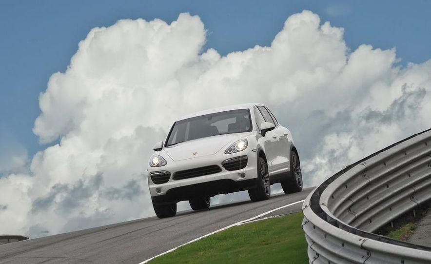 2011 Porsche Cayenne S - Slide 1