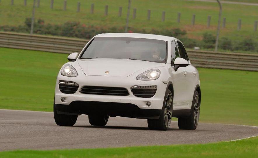 2011 Porsche Cayenne S - Slide 4
