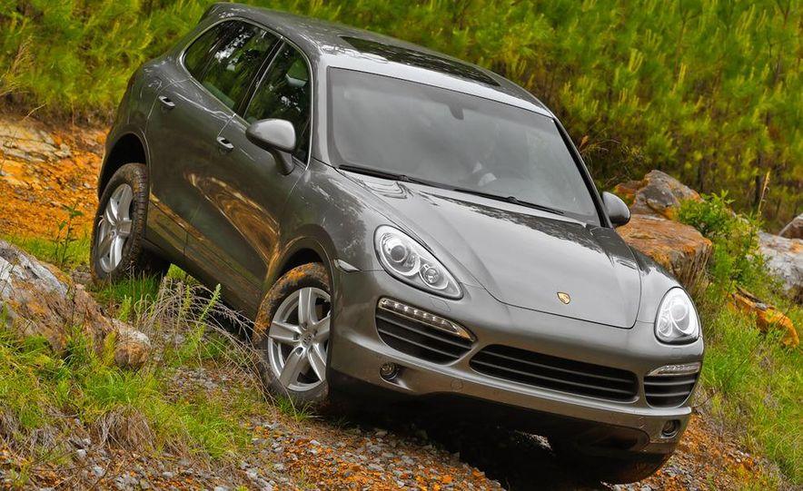2011 Porsche Cayenne S - Slide 17