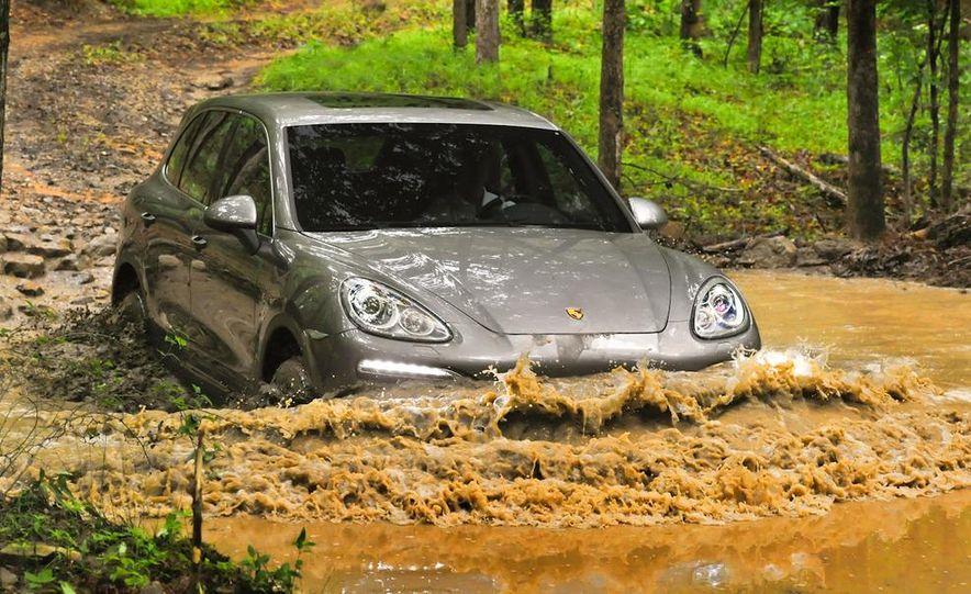 2011 Porsche Cayenne S - Slide 21