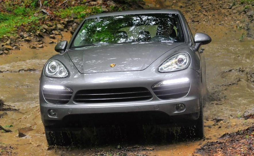 2011 Porsche Cayenne S - Slide 19