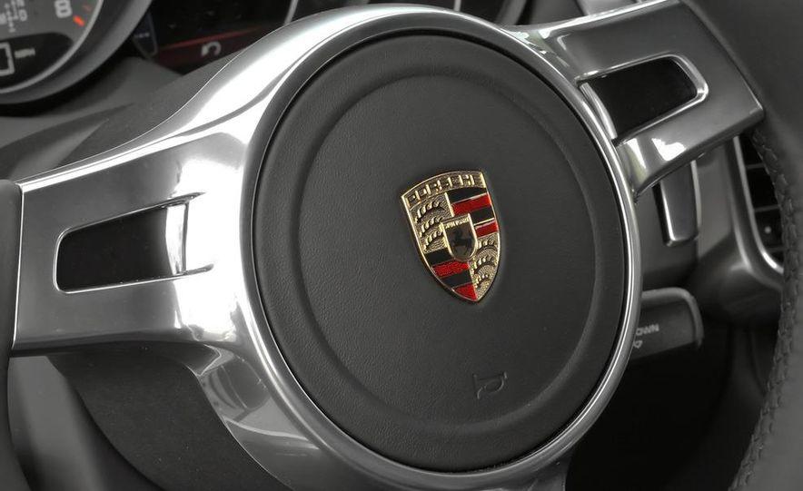 2011 Porsche Cayenne S - Slide 30