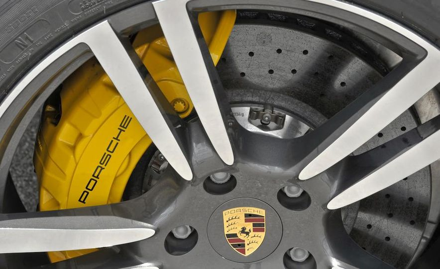 2011 Porsche Cayenne S - Slide 25