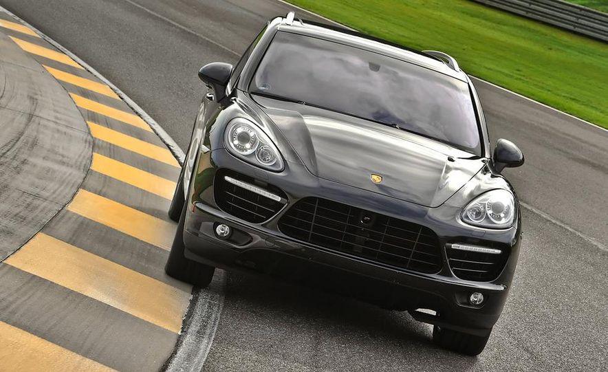 2011 Porsche Cayenne S - Slide 69