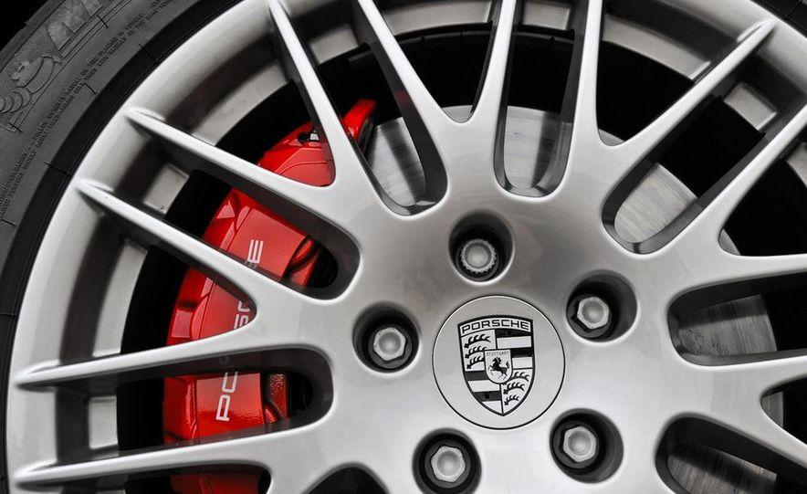 2011 Porsche Cayenne S - Slide 76