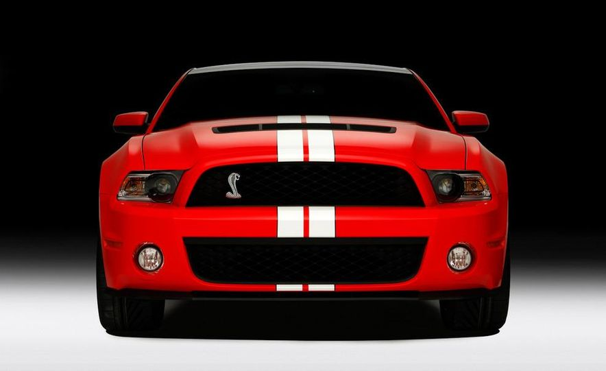 2011 Ford Mustang Shelby GT500 coupe - Slide 19