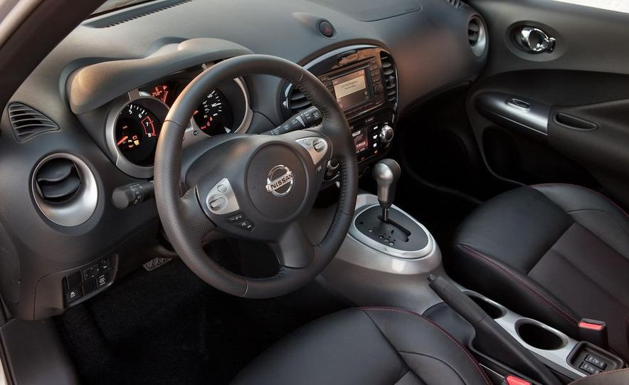 2011 Nissan Juke - Slide 24