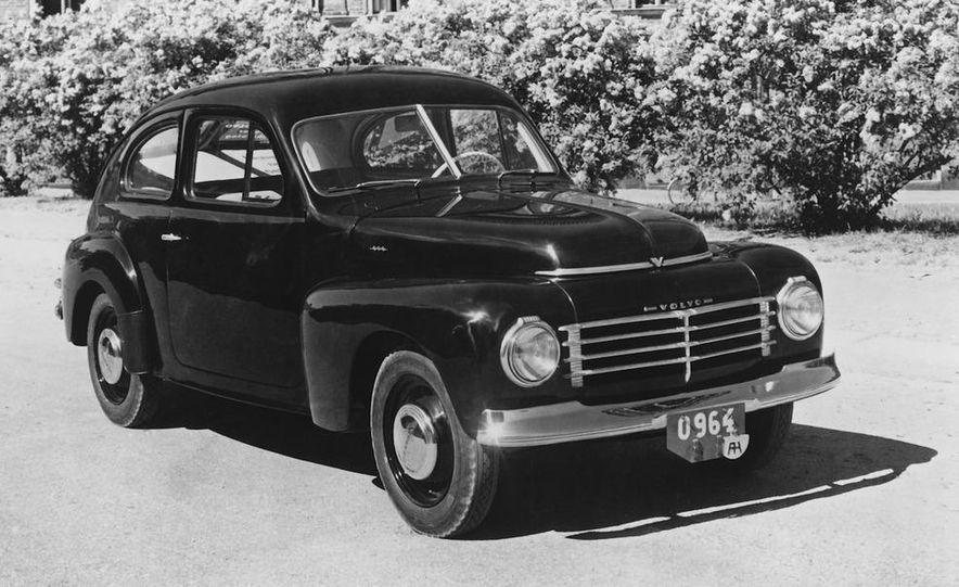 1953 Volvo PV444 - Slide 4