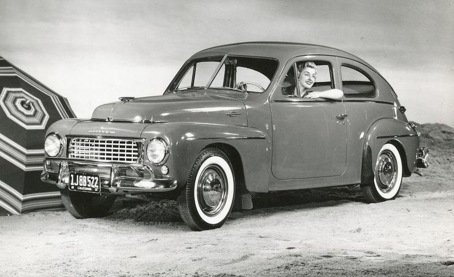 1953 Volvo PV444 - Slide 9