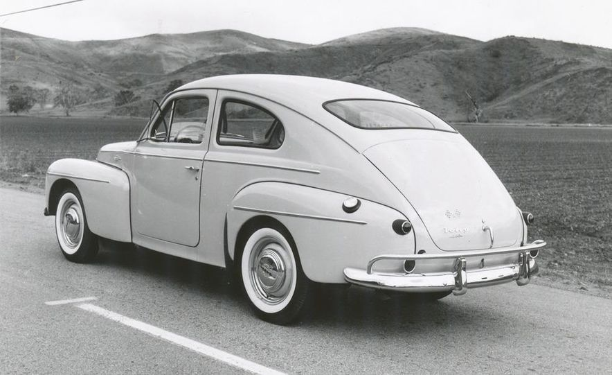 1953 Volvo PV444 - Slide 10