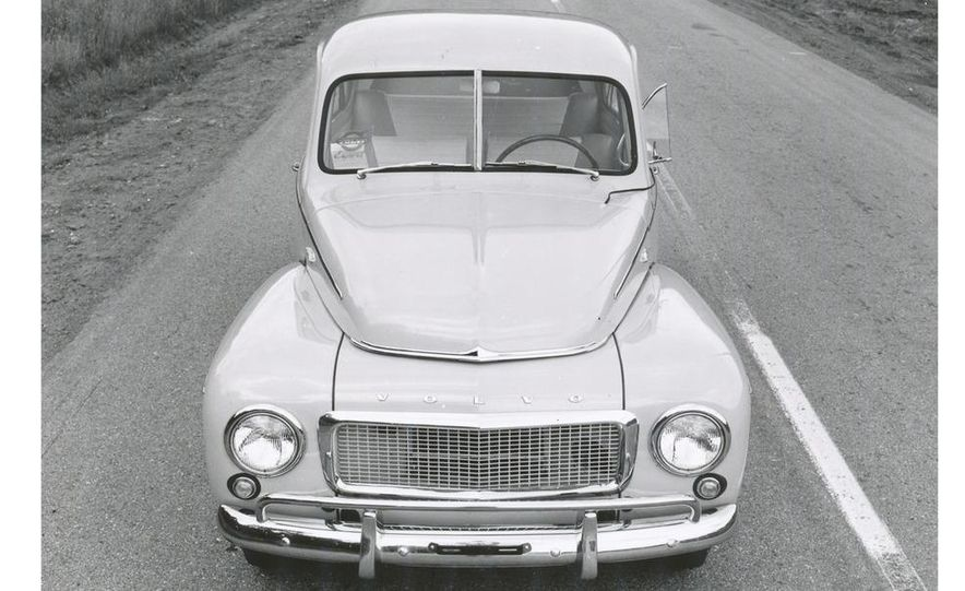 1953 Volvo PV444 - Slide 11