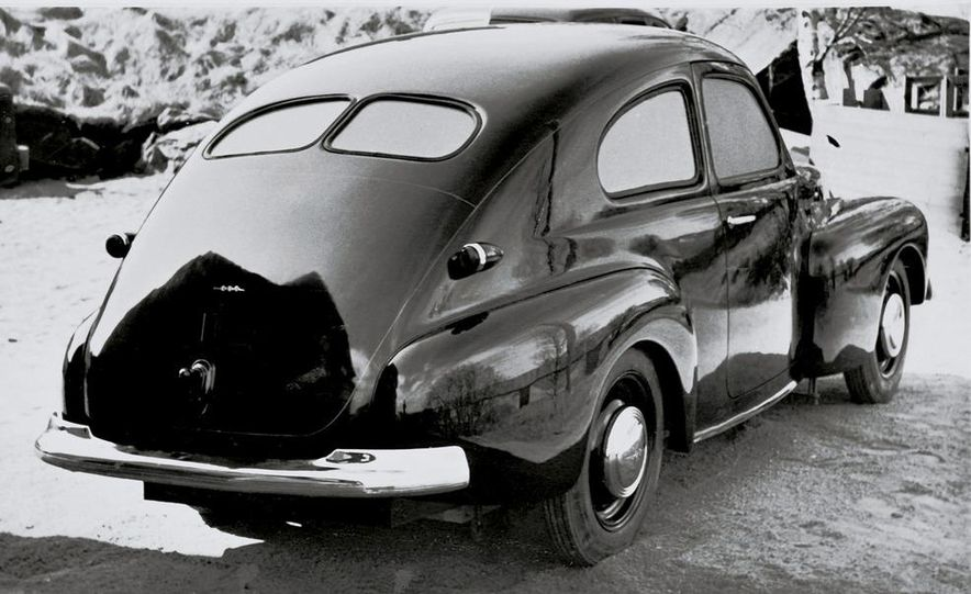 1953 Volvo PV444 - Slide 7