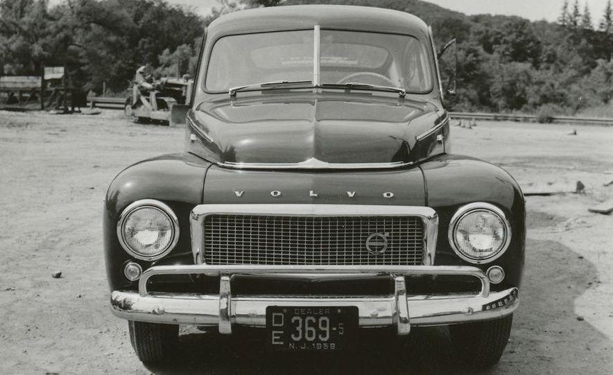 1953 Volvo PV444 - Slide 5