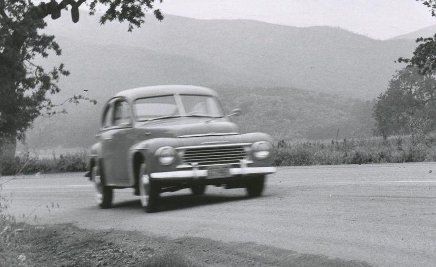 1953 Volvo PV444 - Slide 6