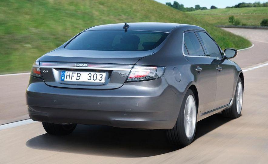 2011 Saab 9-5 (European spec) - Slide 2