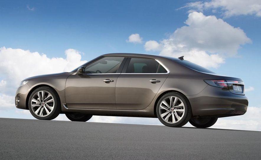 2011 Saab 9-5 (European spec) - Slide 21