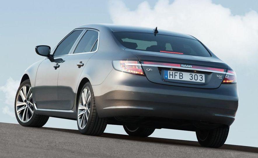 2011 Saab 9-5 (European spec) - Slide 24