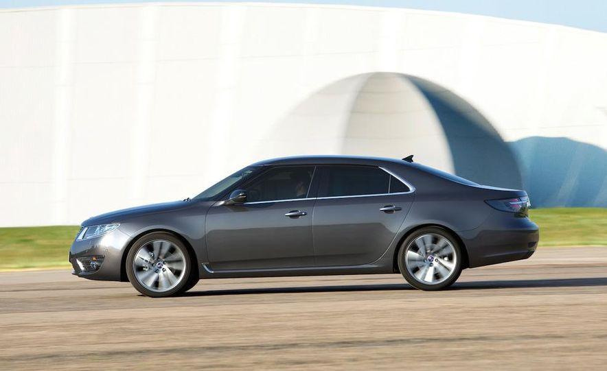 2011 Saab 9-5 (European spec) - Slide 9