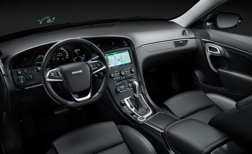 2011 Saab 9-5 (European spec) - Slide 36