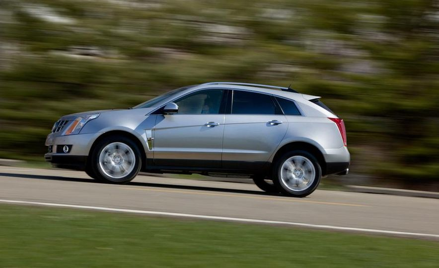 2010 Cadillac SRX 2.8T Turbo - Slide 2