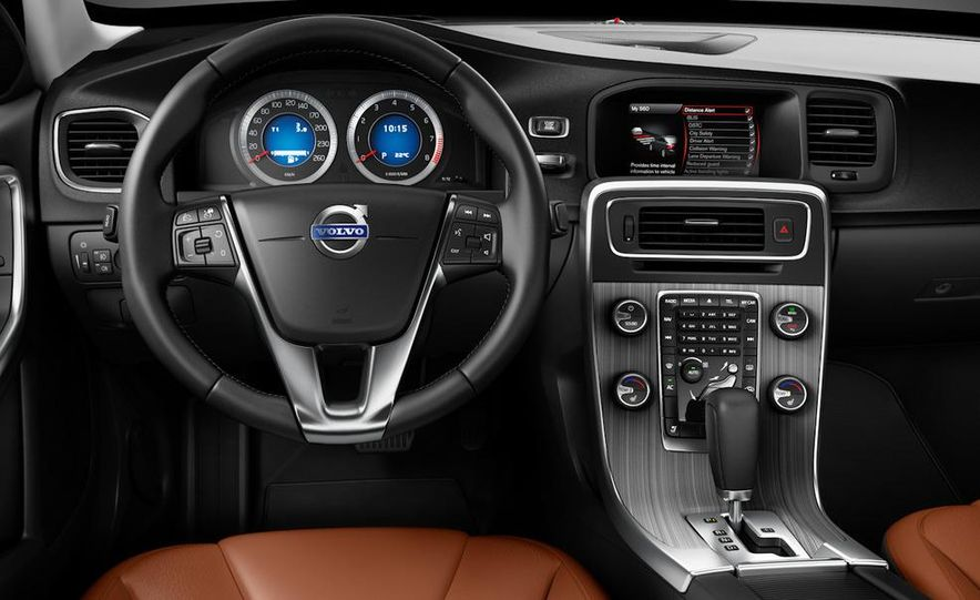 2011 Volvo S60 - Slide 19