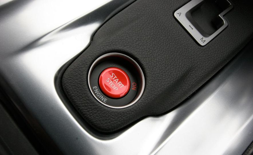 2011 Ford Mustang GT 5.0 coupe - Slide 20