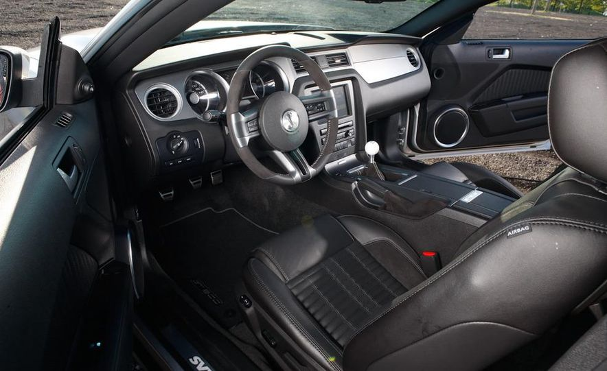2011 Ford Mustang GT 5.0 coupe - Slide 48