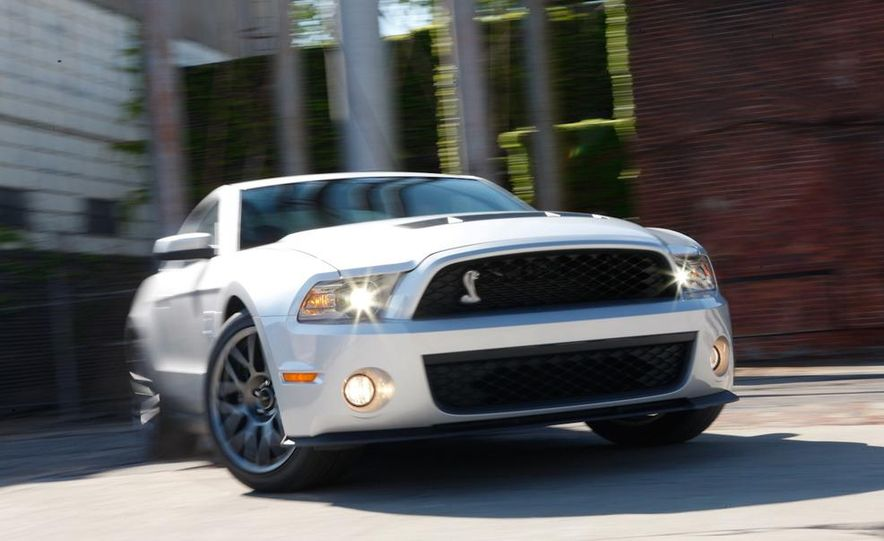 2011 Ford Mustang GT 5.0 coupe - Slide 45