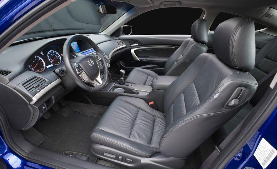 2011 Honda Accord EX-L V-6 coupe - Slide 7